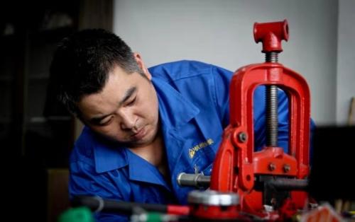 """【企业荣誉】这些杭建人,以""""工匠精神""""铸造匠心品质"""
